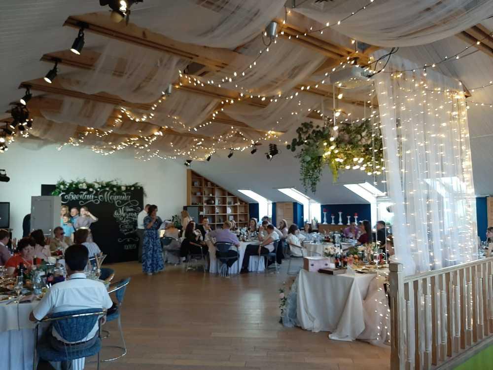 Банкет в Орле - Банкетный зал для свадьбы и дня рождения в Орле - Лофт Лабиринта и кафе 3 Этаж